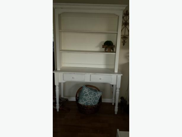 beautiful solid farmhouse buffet and hutch