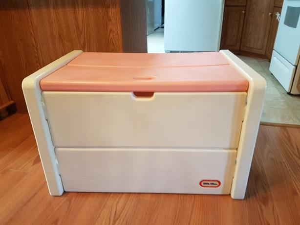 large little tikes toys box