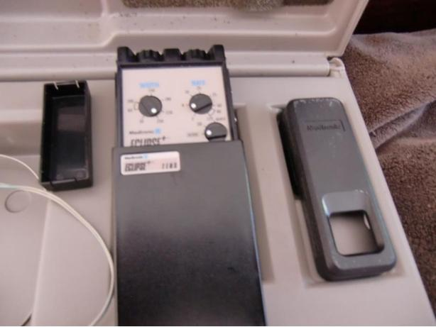 Medtronic Dual-channel TENS System- Used-  final reduction