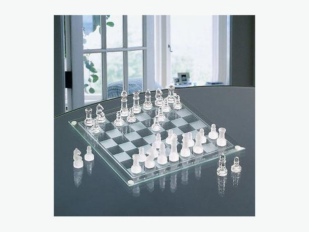 ELEGANT GLASS CHESS & CHECKERS SET GAME - NEW