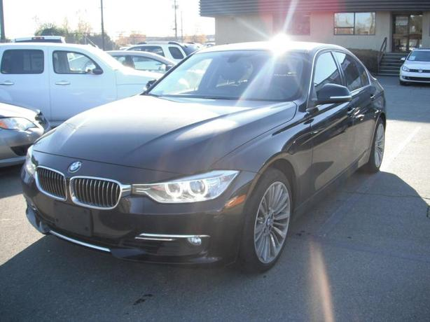 2014 BMW 3-Series 328i xDrive Sedan Twin Turbo