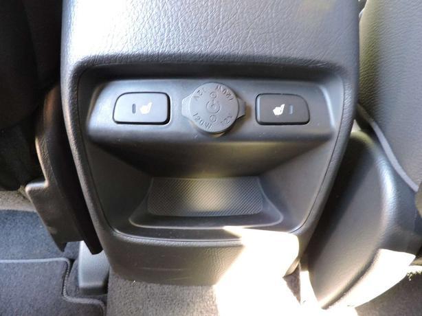 2015 Kia Sorento LX Premium AWD + Rear Heated Seats! | Clean | Local | Rare