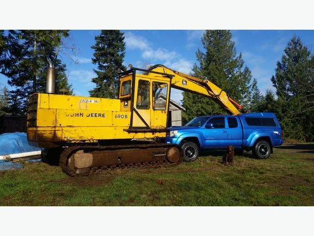 John Deer 690 Excavator