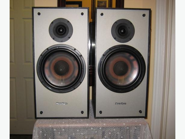 Paradigm Bookshelf Speakers 3SE