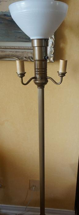 4u2c Rusty Antique Floor Lamp Needs Rewiring Gloucester
