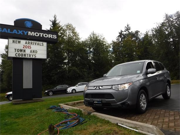 2014 Mitsubishi Outlander ES - 4WD, Eco Mode, Bluetooth, Alloy Wheels