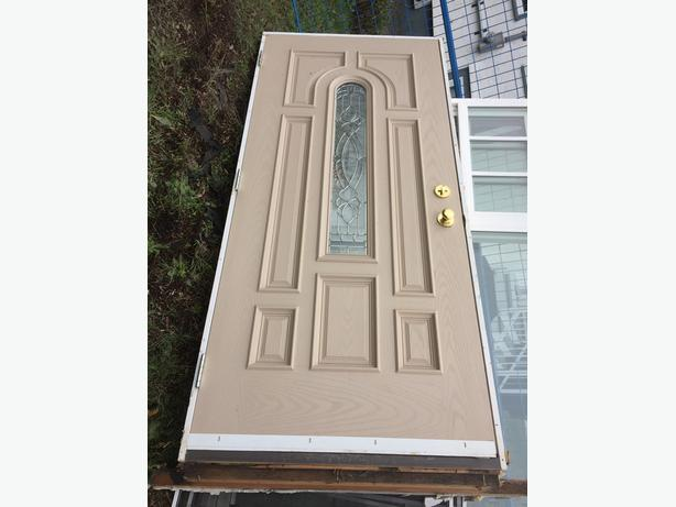36 inch exterior door w bevelled glass frame and key complete malahat including shawnigan lake