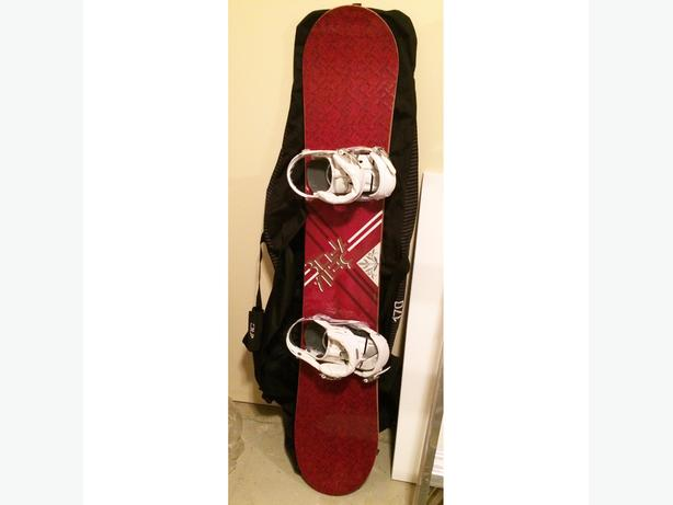 Women's OPTION Snowboard & RC Carry Bag FOR RENT