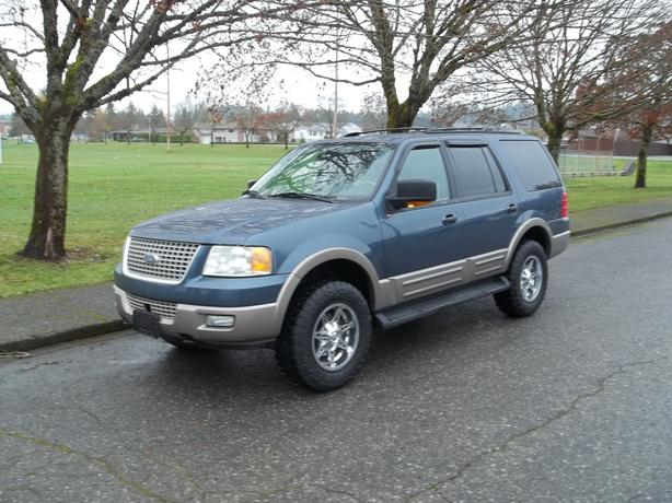 2003 FORD EXPEDITION EDDIE BAUER 8 PASSENGER-CALL HART AT 250 724 3221