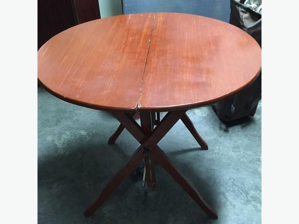 antique buyer/furniture buyer