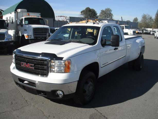 2011 GMC Sierra 3500HD Work Truck Ext. Cab Long Box Dually 4WD