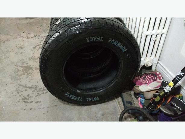 4 245/70/16 Motomaster Total Terrain tires