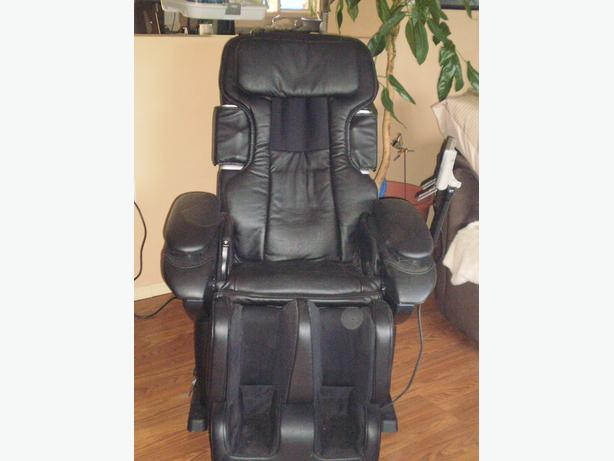 MASSAGE CHAIR - TOP OF THE LINE