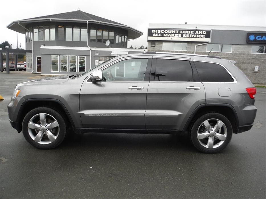 2012 jeep grand cherokee overland leather bluetooth backup camera west shore langford. Black Bedroom Furniture Sets. Home Design Ideas