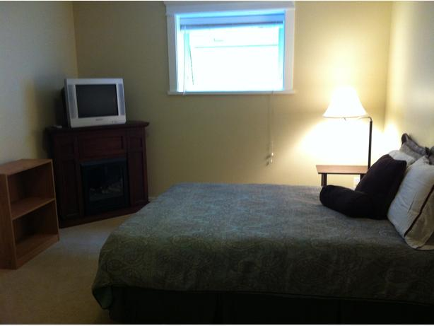 Furnished Room with TV/Fireplace Avail Jan 1 2017