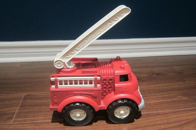 Toys For Trucks Green Bay : Green toys recycling truck school bus and fire
