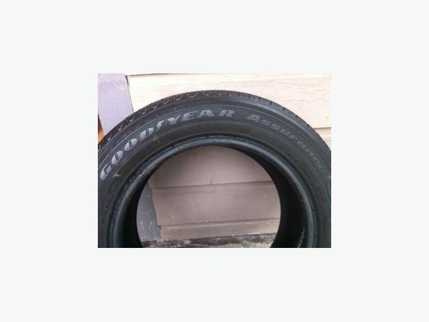 195/60R15 Goodyear Assurance M+S Tires