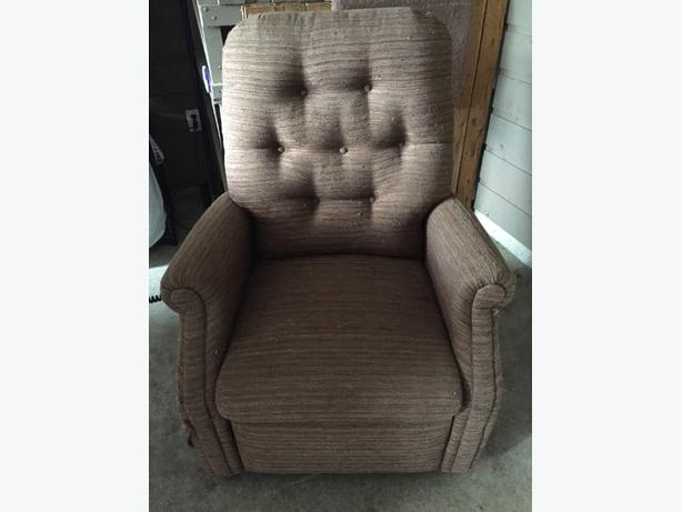 Raising chair and recliner
