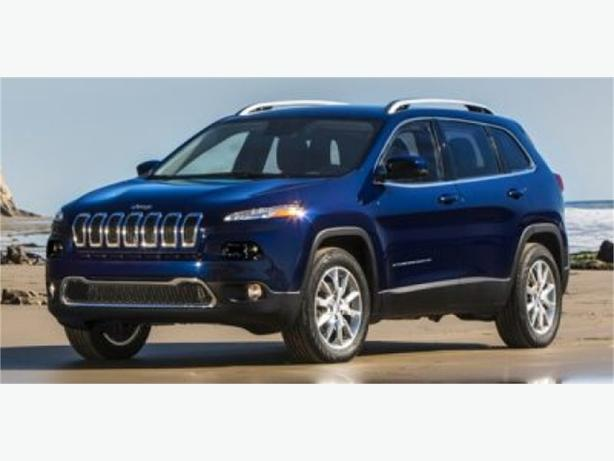 2015 Jeep Cherokee Limited w/ Back-Up Camera and Sunroof