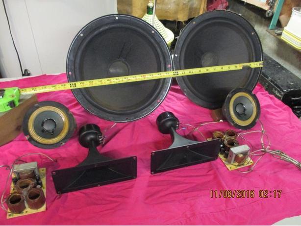 2 Speaker Kits