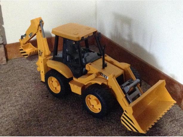 Bruder JCB backhoe toy