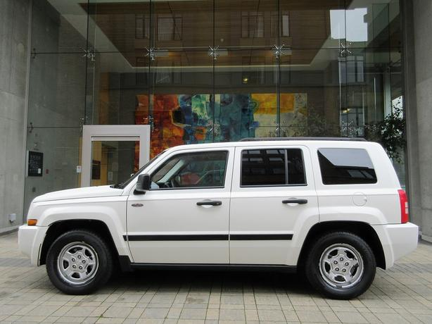 2008 Jeep Patriot Sport North Edition - LOCAL VEHICLE!