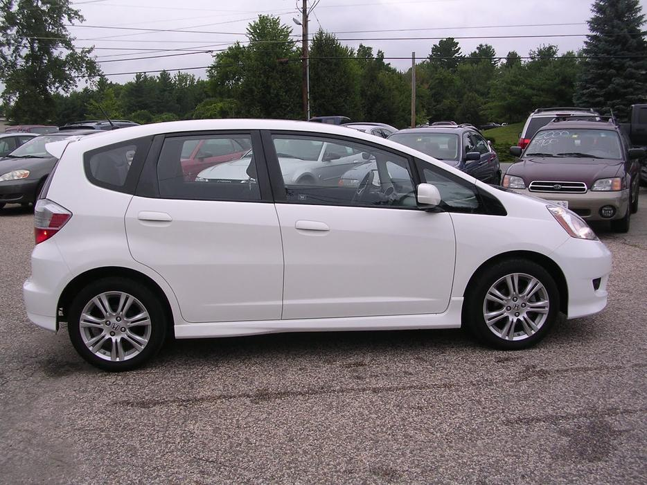 2008 white honda fit sport no accidents gas saver for Certified used honda fit