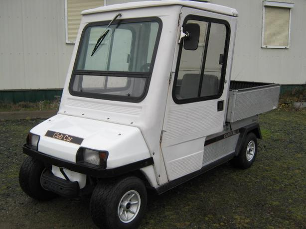 ELECTRIC GOLF CART (CLUB CAR) CARRYALL II