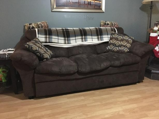 couch chair and lovseat
