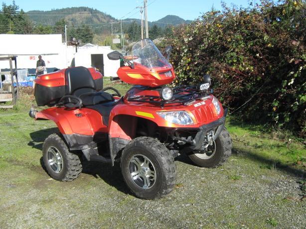 ARCTIC CAT 1000 QUAD ATV