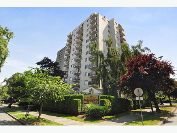 Avail. now Clean  2 bedrooms Vancouver Ocean Park Place Apartments