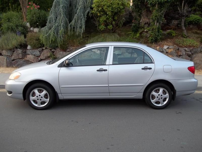 2005 toyota corolla ce 5 speed 4 cylinder gas saver. Black Bedroom Furniture Sets. Home Design Ideas