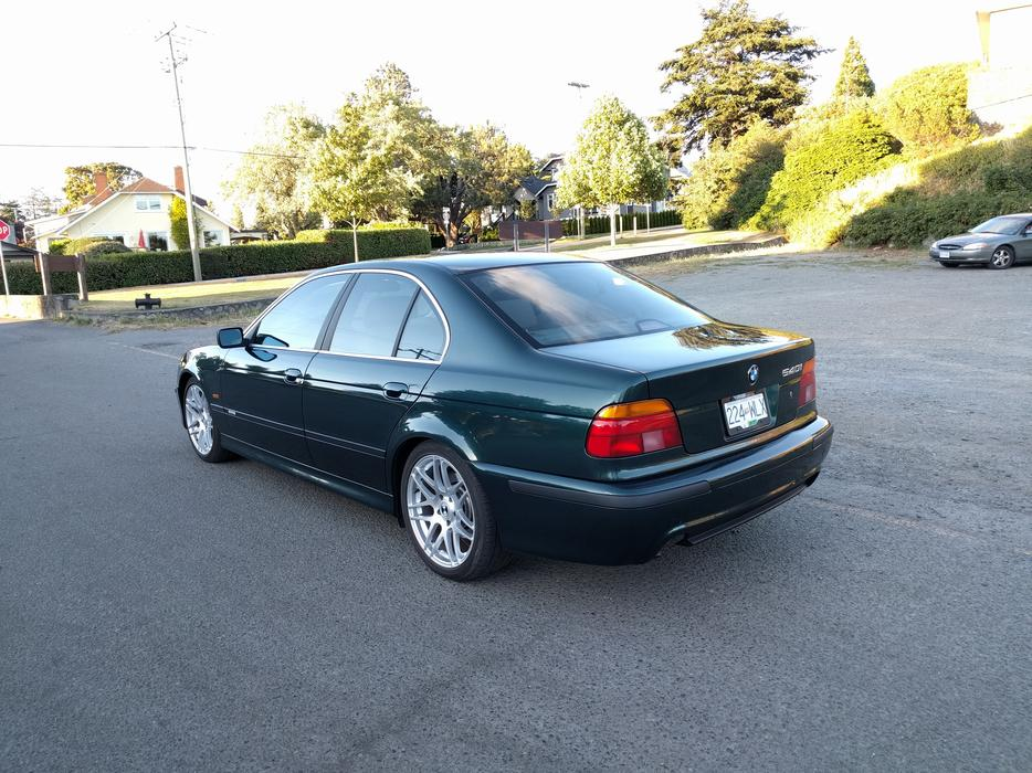 1998 BMW 540i Excellent Condition 28587944