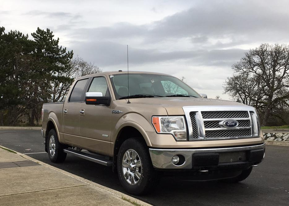 2011 ford f 150 4x4 lariat supercrew tow package ecoboost oak bay victoria. Black Bedroom Furniture Sets. Home Design Ideas