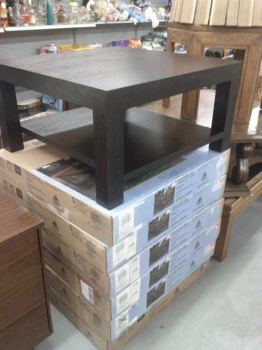 New espresso coffee table 1 left outside nanaimo for Coffee tables london ontario