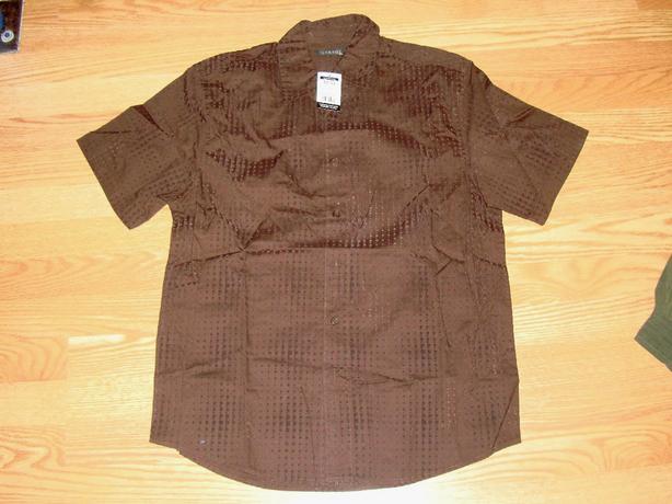Brand New Short Sleeve Men's Shirt Size M - $5