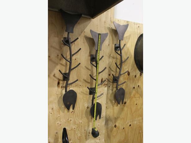 Seafood restaurant wall art tvs burnaby incl new
