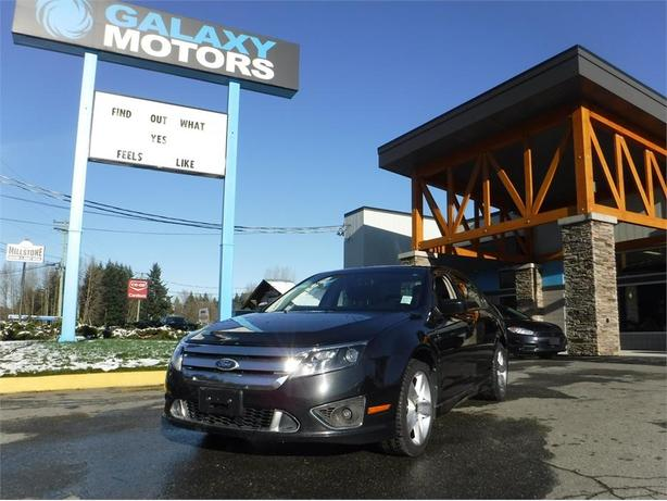 2010 Ford Fusion Sport - AWD, Leather Interior, Navigation