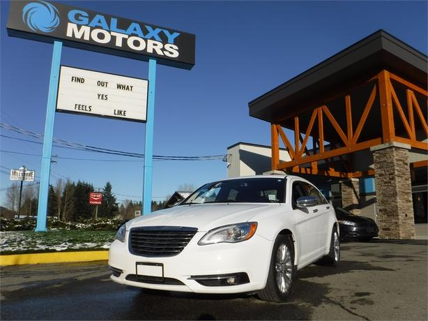 2012 Chrysler 200 Limited - Leather Int, Nav, Remote Start