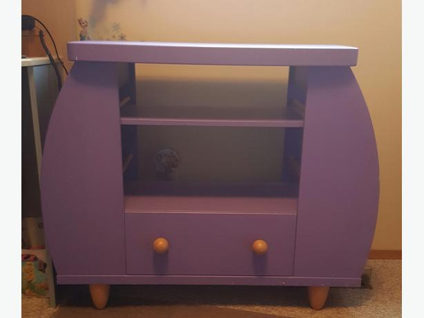 ikea kids tv stand north regina regina. Black Bedroom Furniture Sets. Home Design Ideas