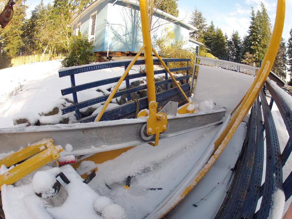 Jib Cranes Edmonton : Westeard gantry crane south nanaimo