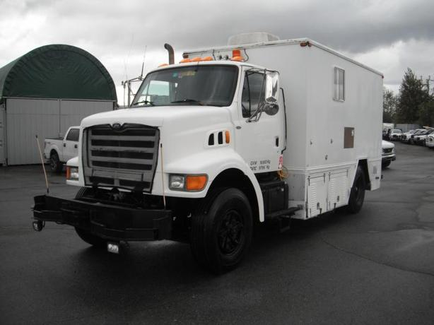 1998 Ford L8501 Dually Service Truck Diesel