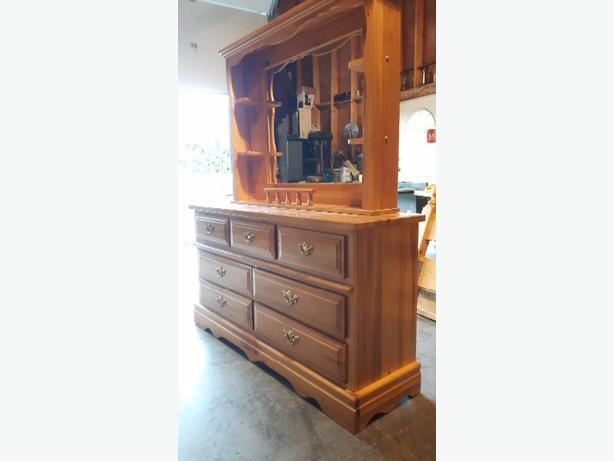 7 Drawer Dresser With Mirror Hutch Duncan Cowichan