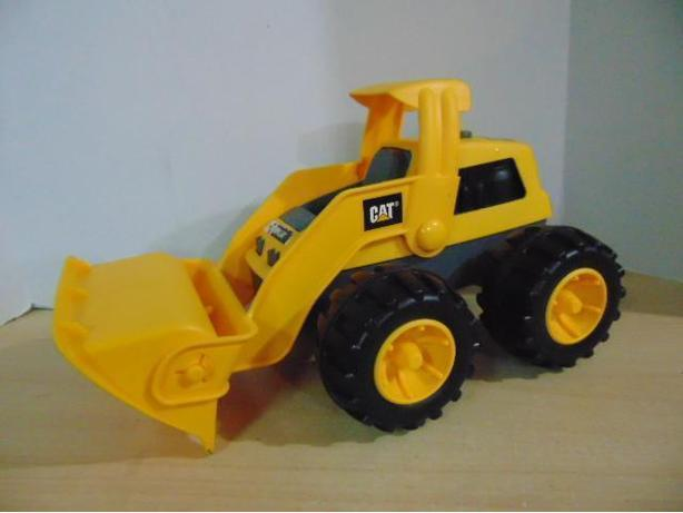 Cat Caterpillar Excavator Sandbox Truck 15 inches