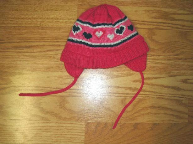 Like New Osh Kosh Winter Hat Fleece Lining Size 2-4 Toddler - $2