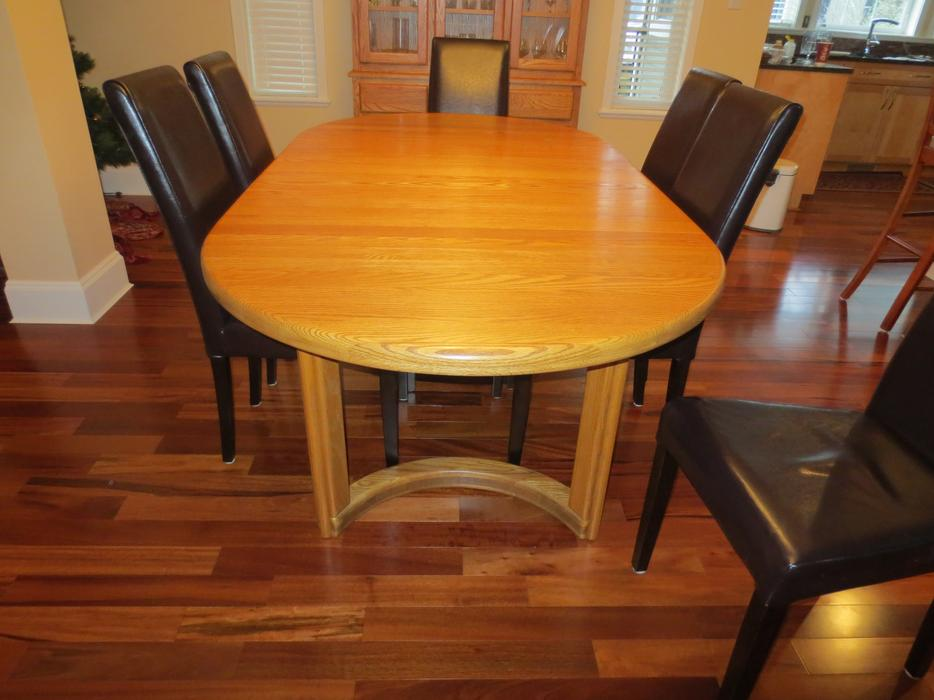 Solid Oak Dining Table Hutch And China Cabinet 6 Chairs Esquimalt View