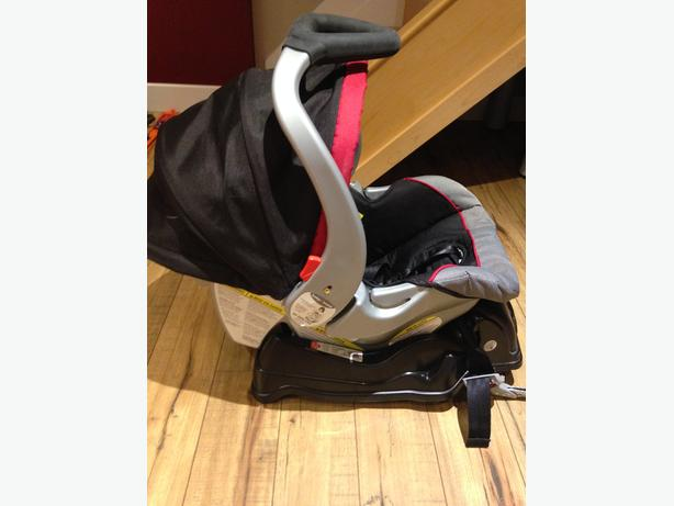 baby trend car seat with the base orleans gatineau mobile. Black Bedroom Furniture Sets. Home Design Ideas