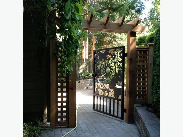 Westcoast Custom Pedestrian & Garden Gates!