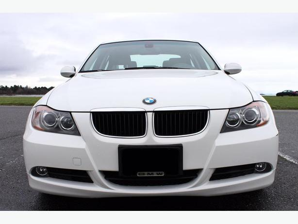 2006 white bmw 325i in very good condition saanich. Black Bedroom Furniture Sets. Home Design Ideas