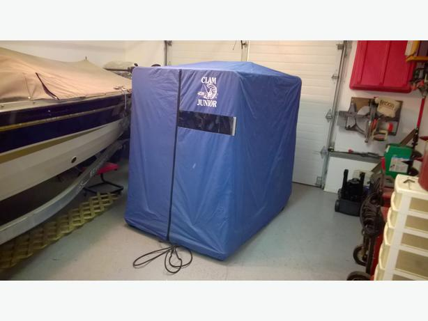 Clam junior ice fishing shelter 2man north regina regina for Ice fishing shelters for sale